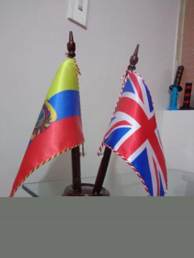 BANDERINES DE ESCRITORIO Y PARED